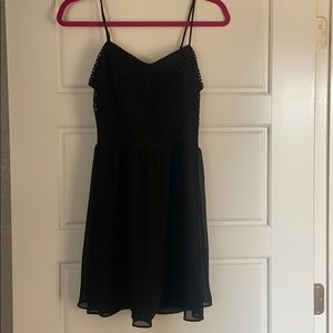 Summer dress with cutout back